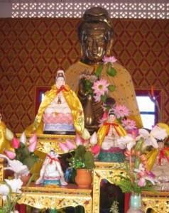 ThaiTemplePenang-KuanYinstatue