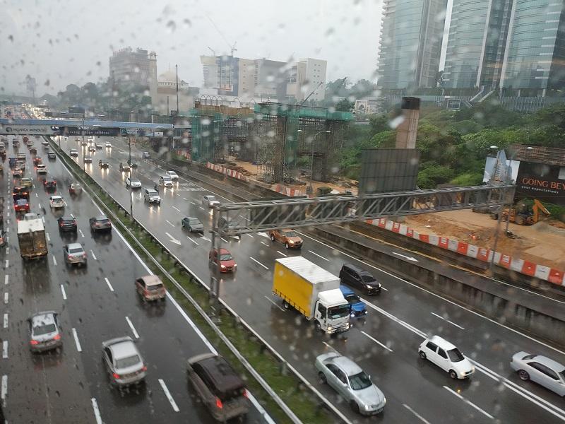 Traffic jam in Kuala Lumpur- anticipate when travelling