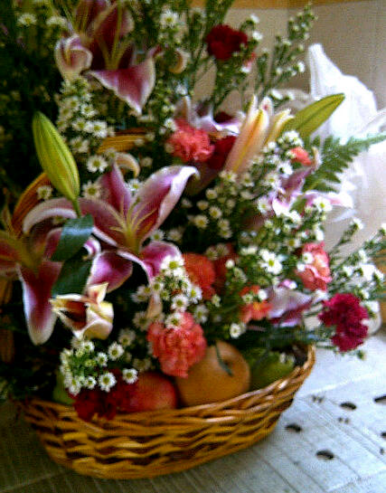 Beautiful but low priced flower and fruit hamper