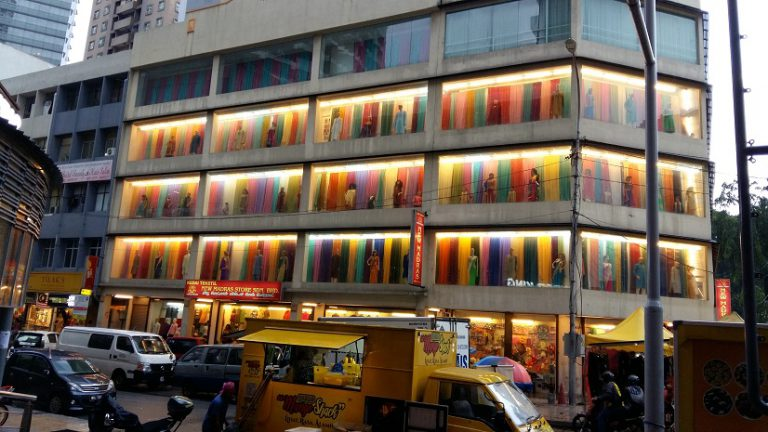 Creative colour display of textile