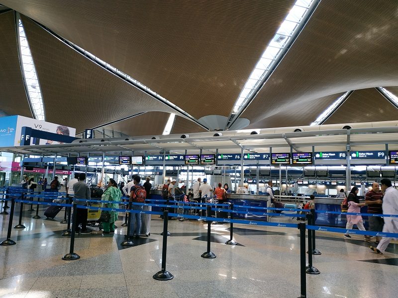 Thai Airways KLIA check in counter