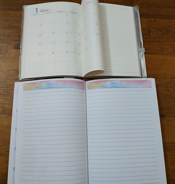 Monthly spread planner from Daiso and Uni Paper (sold in bookstores)